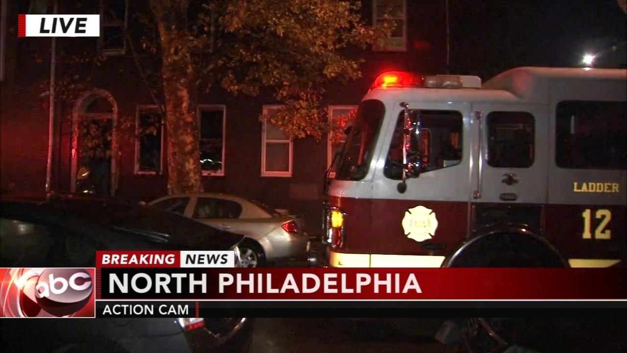 2 hurt in North Philadelphia fire