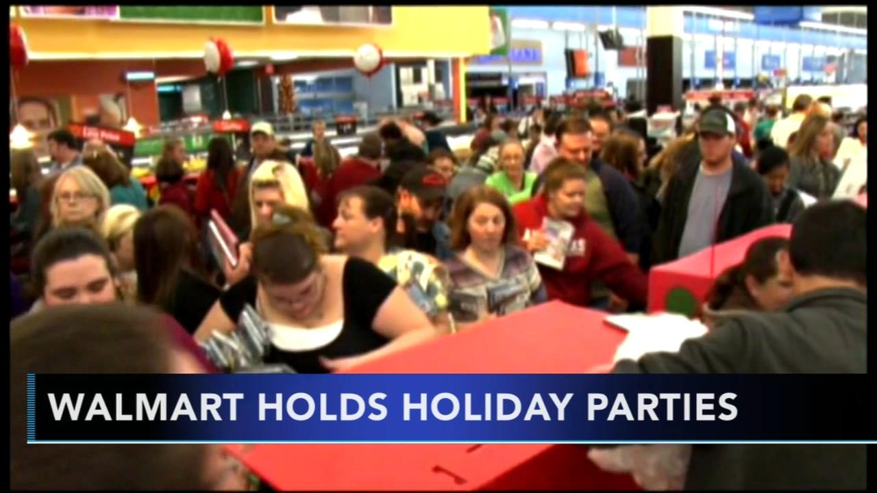 Walmart to hold holiday parties for shoppers