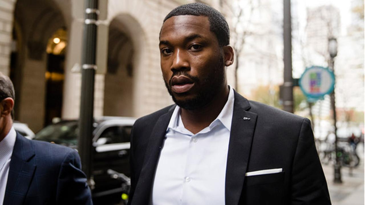 Rapper Meek Mill arrives at the criminal justice center in Philadelphia, Monday, Nov. 6, 2017.
