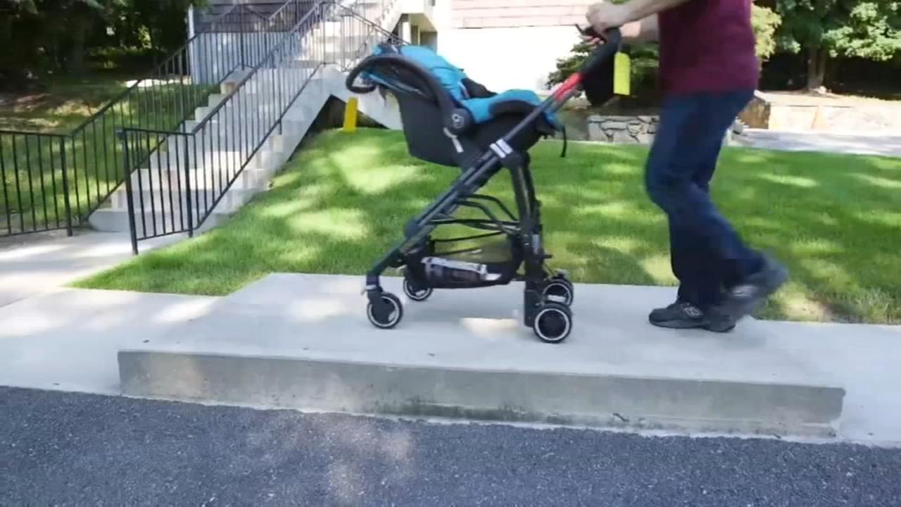 Consumer Reports: Choosing the best stroller for your small child