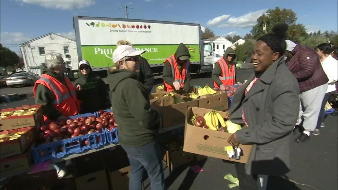 Fresh for All produce market in Souderton joins in the giving