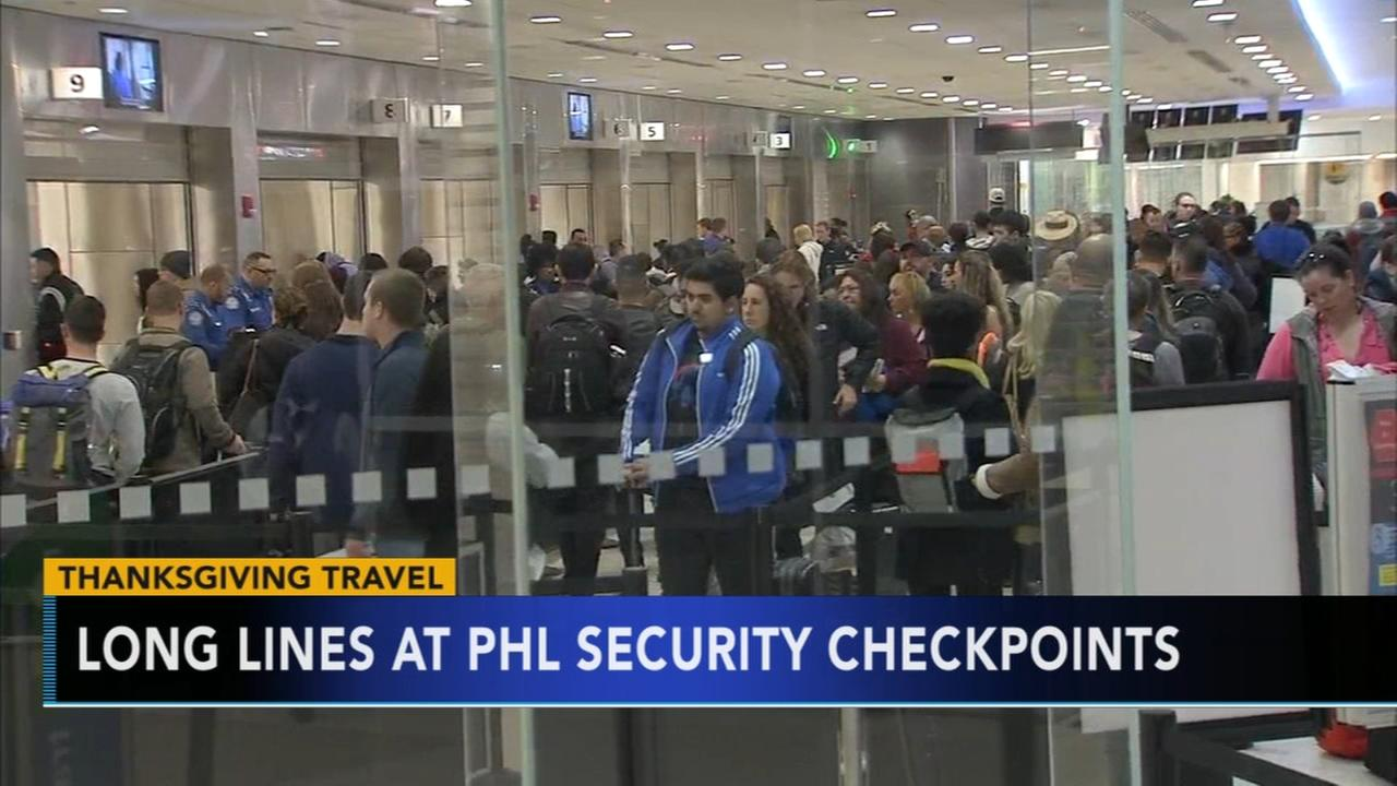 Airports fill up with holiday travelers