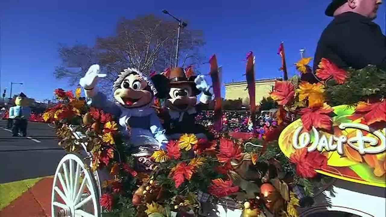 From bands and balloons, to the stars and performances, these are some of the magical moments from the 6abc/Dunkin Donuts Thanksgiving Day Parade.