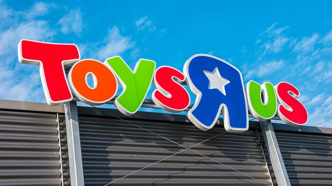 A Secret Santa has spent more than $10,000 to pay for dozens of holiday layaway orders at a New Jersey toy store.