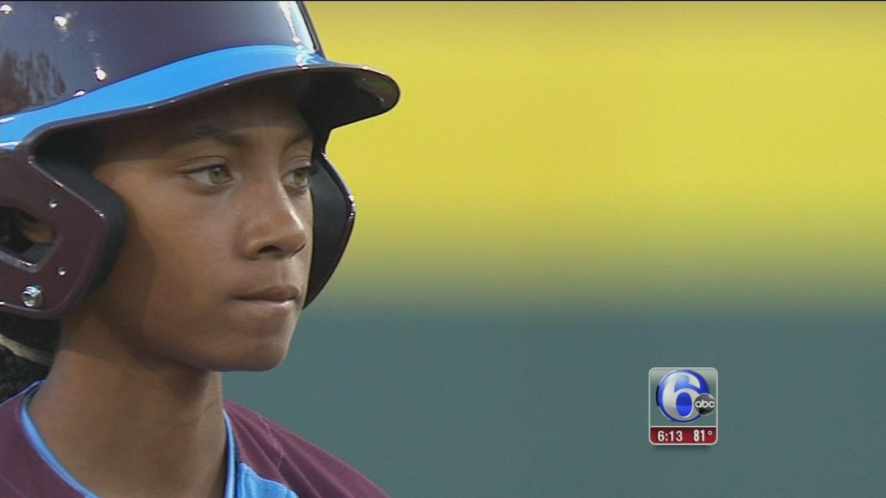 VIDEO: Visiting Mone Davis school