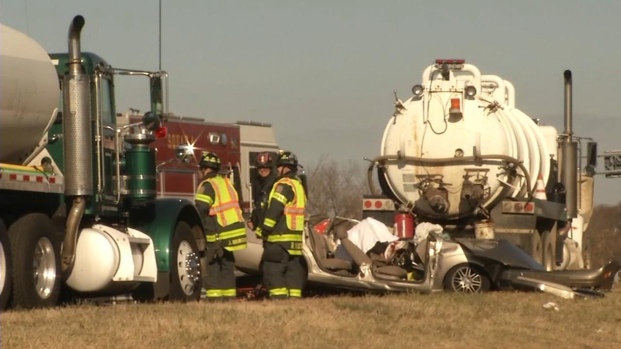 2 killed in crash on I-495 NB in Wilmington, Delaware