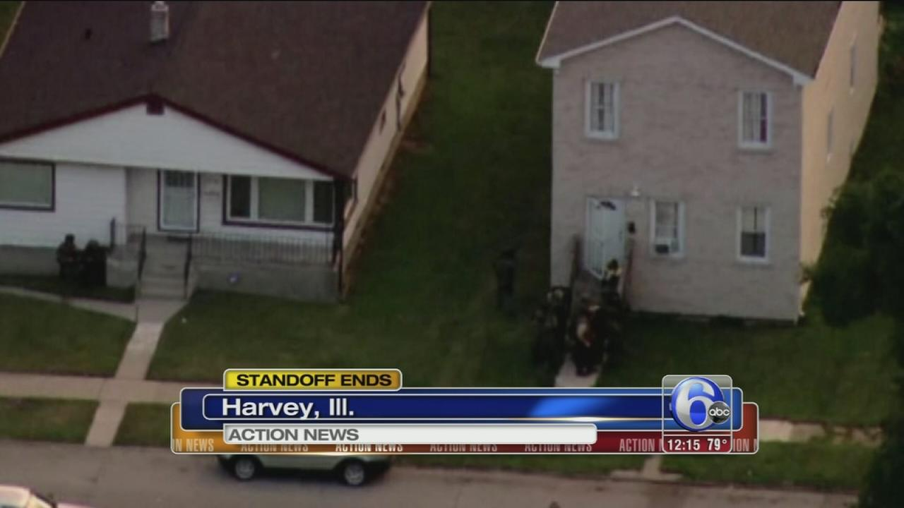 VIDEO: Standoff with police ends in Illinois