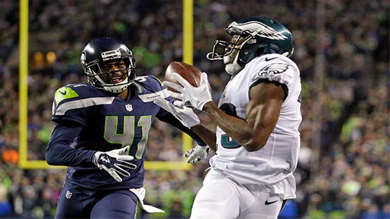 Eagles' 9-game win streak ends with 24-10 dud in Seattle