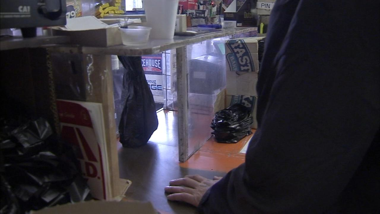 Bulletproof glass provision pulled from Stop and Go bill