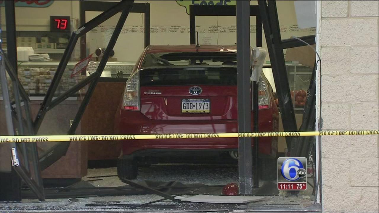 VIDEO: Car crashes into Northeast Philadelphia deli