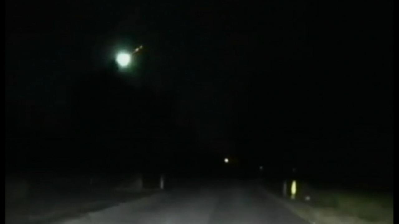 Dashcam catches fireball streaking through NJ sky