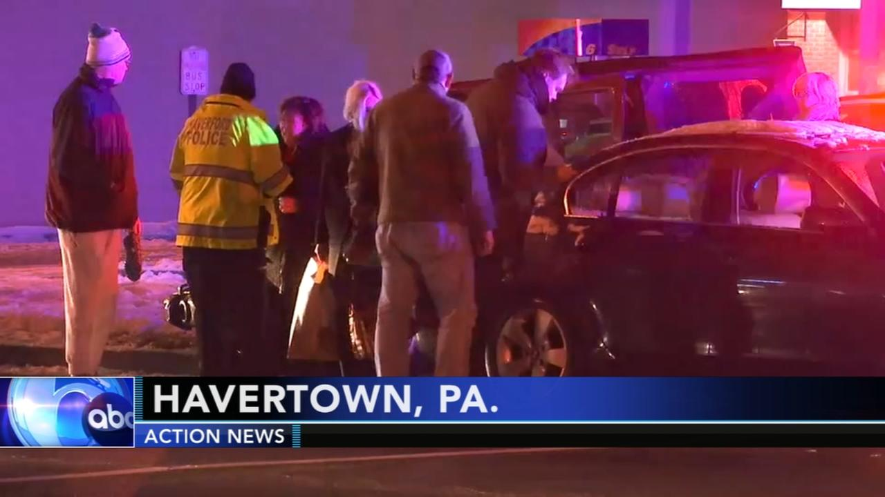 Police investigate Havertown crash
