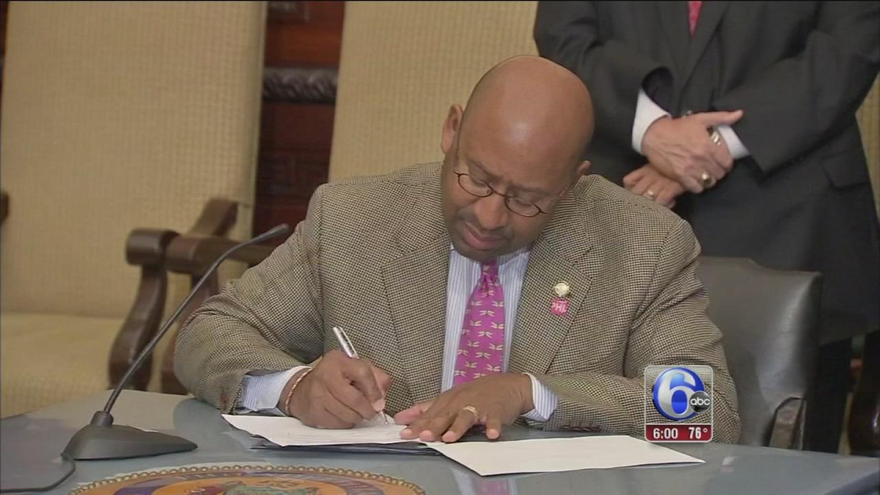 VIDEO: Phila., blue-collar workers union reach contract deal