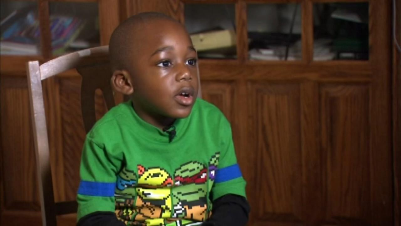 4-year-old reads 100 books in a day
