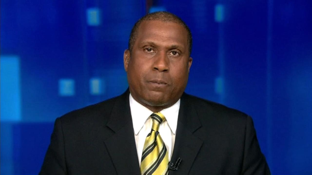 PBS suspends Tavis Smiley following allegations
