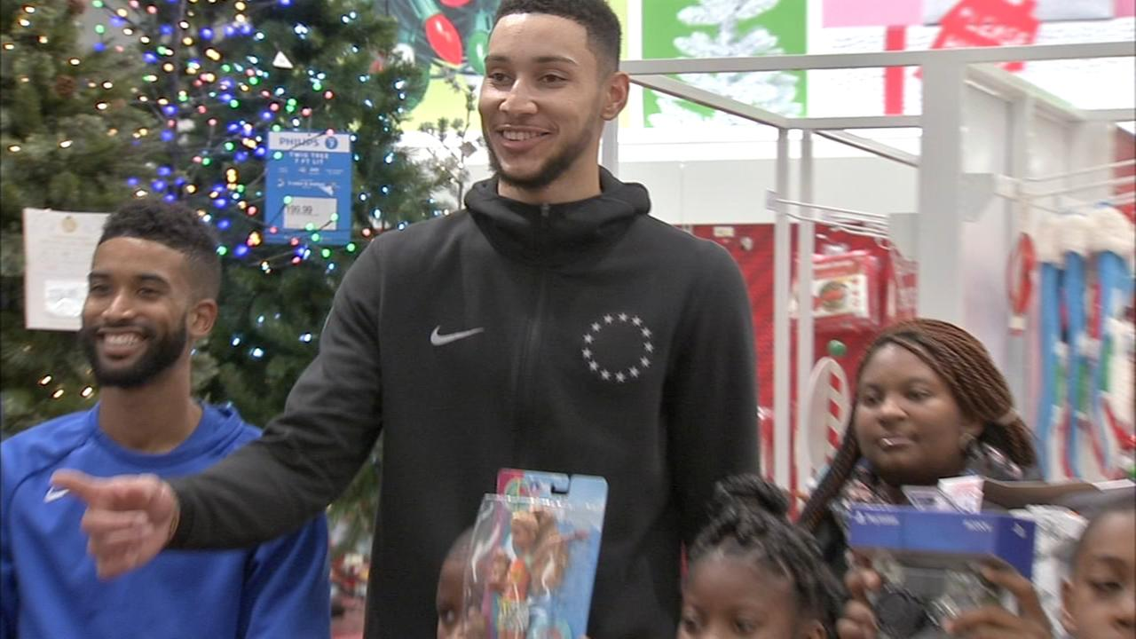 76ers Ben Simmons takes families on holiday shopping spree