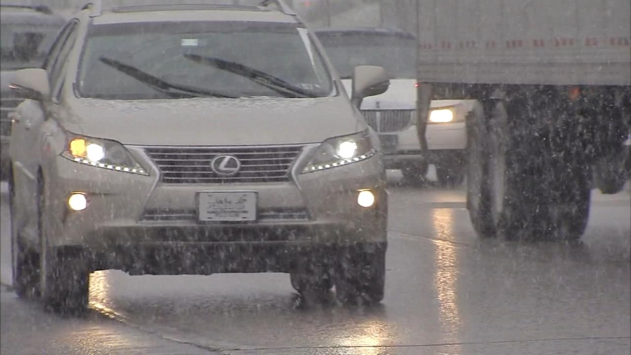 Pa. drivers brave snowy commute