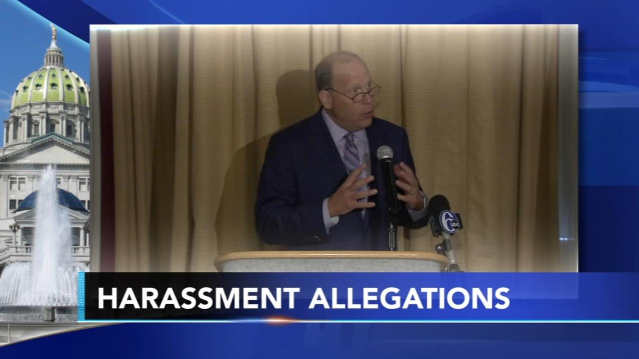 Wolf calls for Leach to resign amid allegations