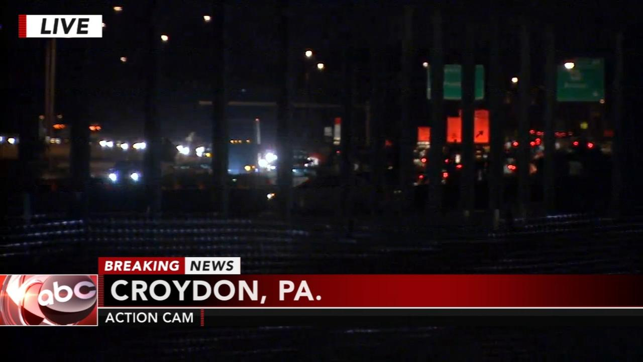 Crane, traffic sign mishap on I-95 in Croydon