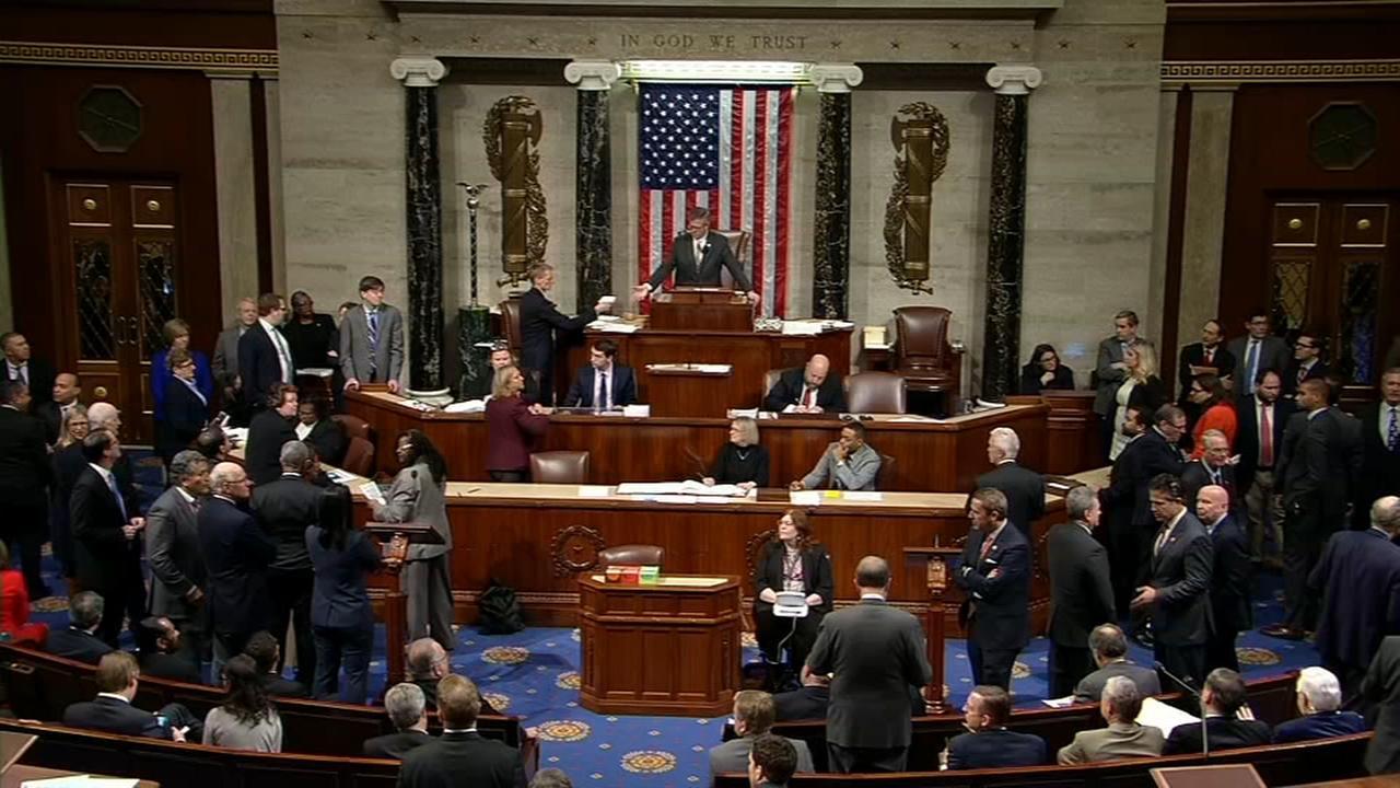 Congress passes emergency funding measure