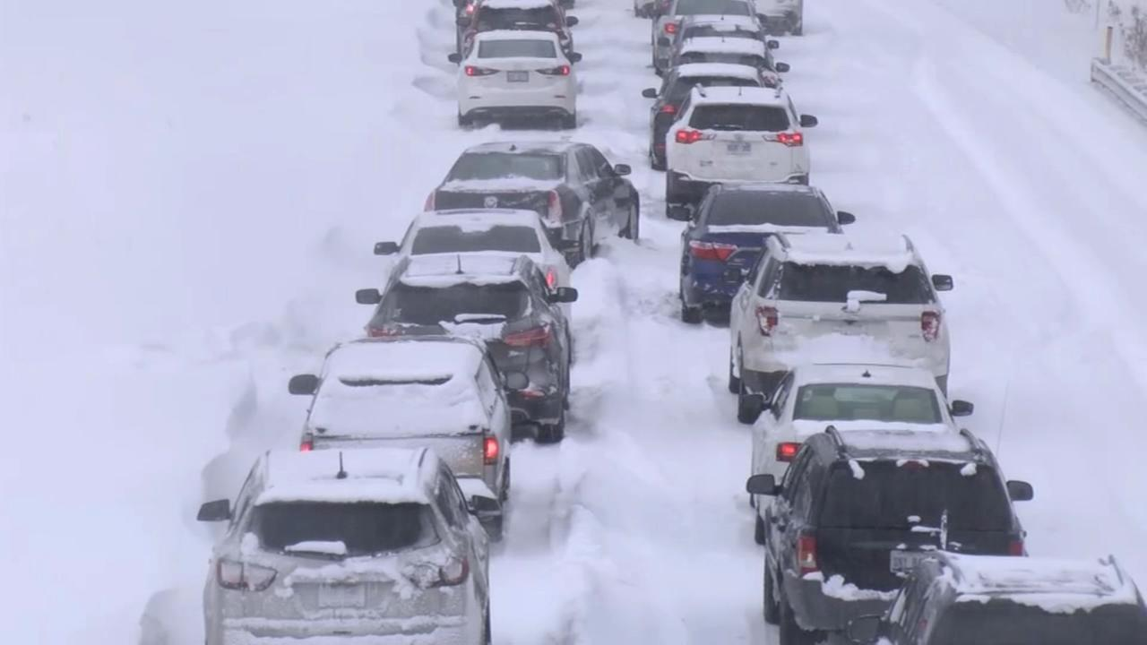 Erie, Pa. sees record snowfall