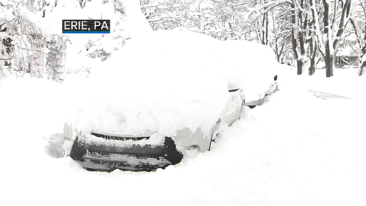 More than 5 feet of snow falls in Erie, Pa.