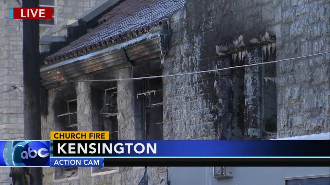 Fire damages abandoned church