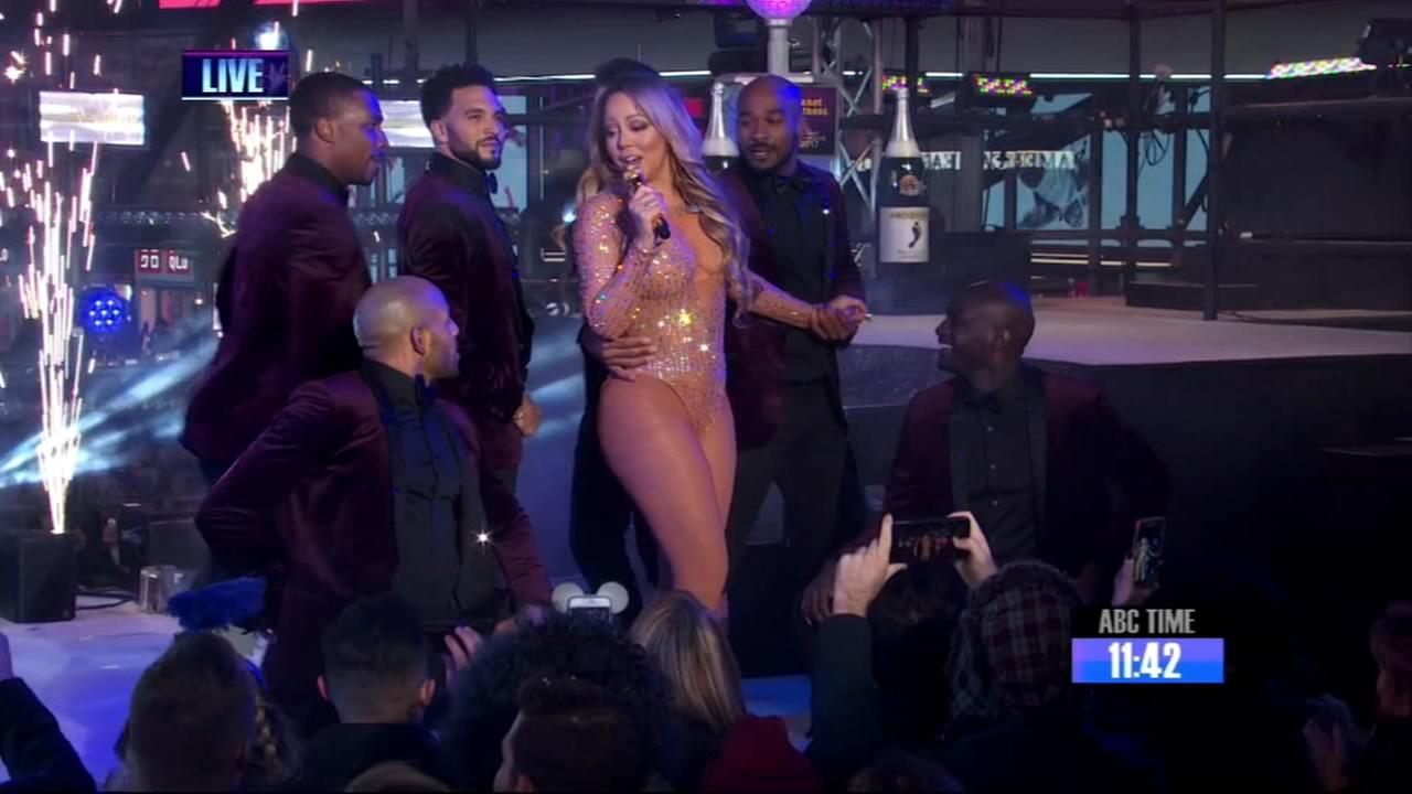 VIDEO: Mariah Carey headlines New Years Rockin Eve