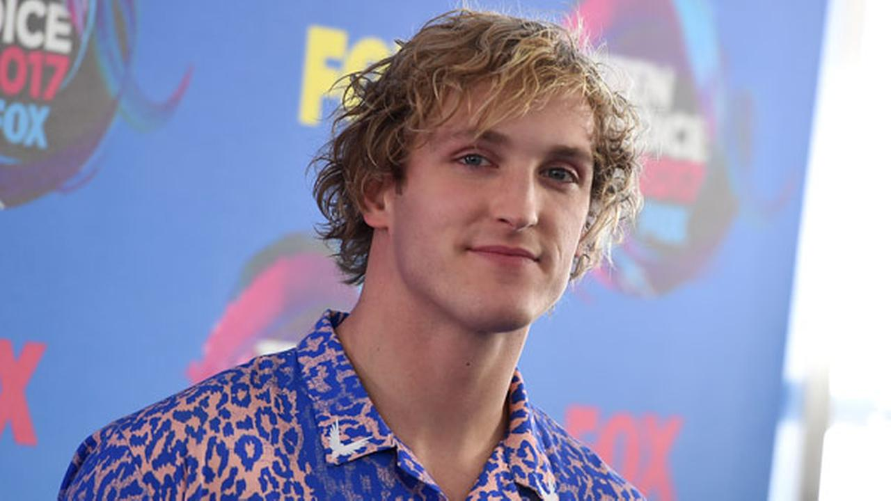Logan Paul arrives at the Teen Choice Awards at the Galen Center on Sunday, Aug. 13, 2017, in Los Angeles.