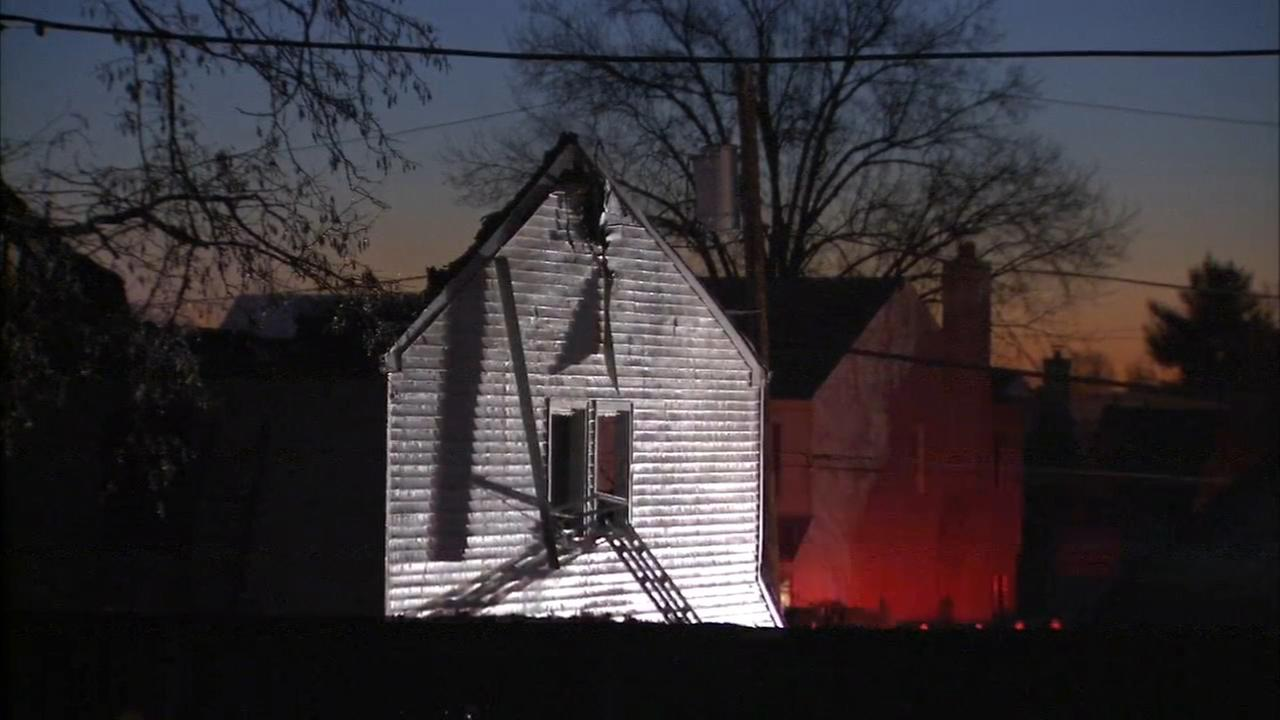 Fire damages home in Somerton