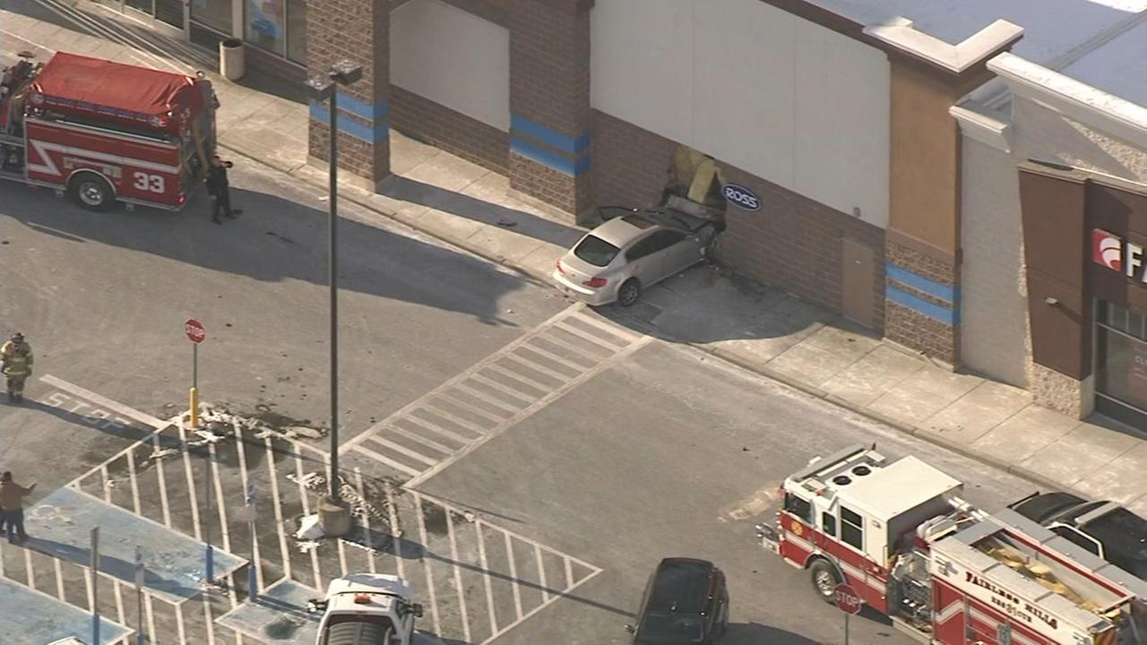 Car slams into store in Levittown