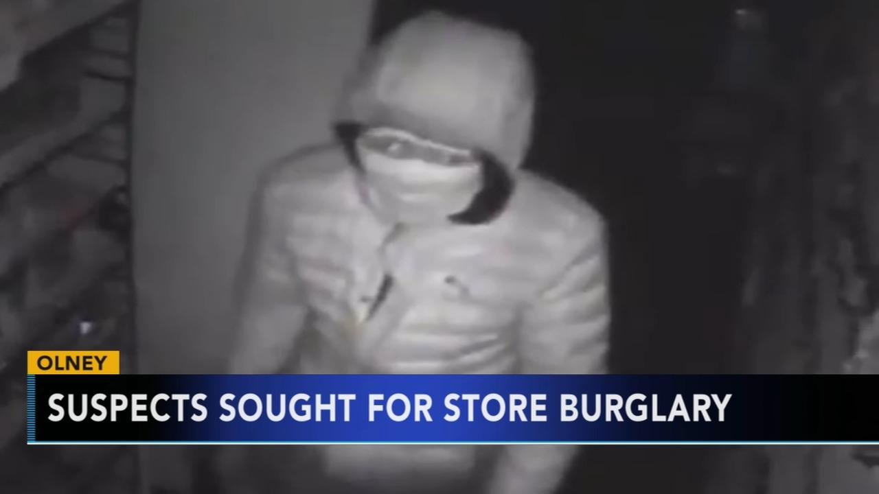 Suspects sought for store burglary in Olney