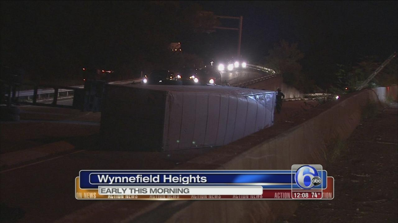 VIDEO: Tractor-trailer overturns on I-76 West