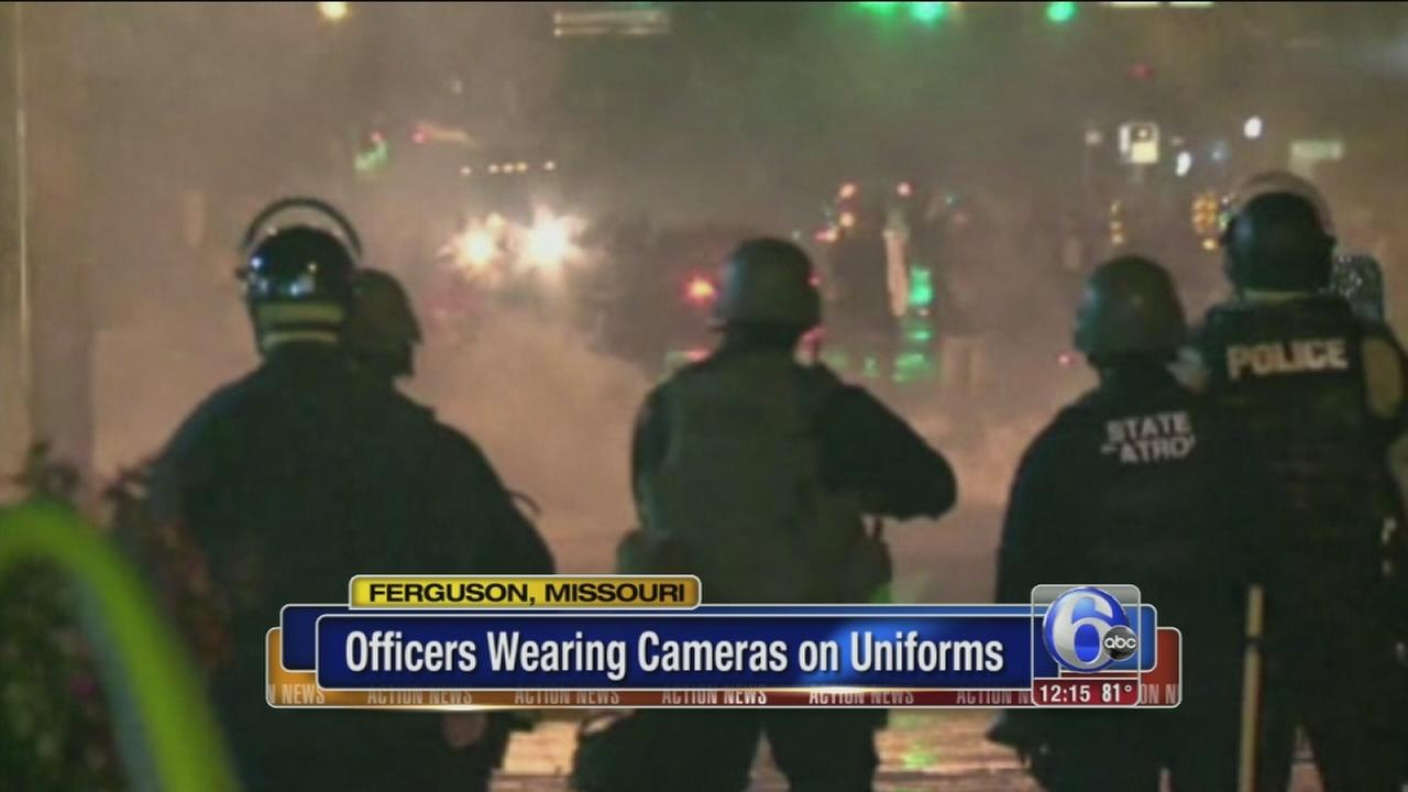 VIDEO: Ferguson police wear body cams