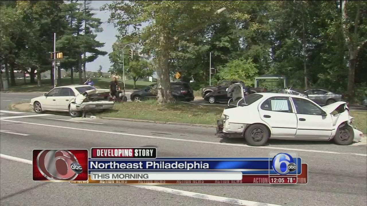 VIDEO: 2 injured in Boulevard crash