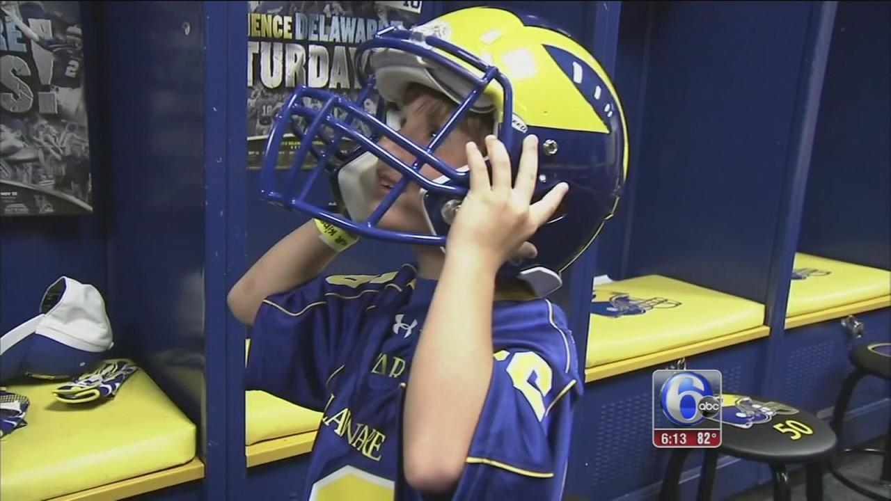 VIDEO: 6-year-old becomes honorary member of UDel football team