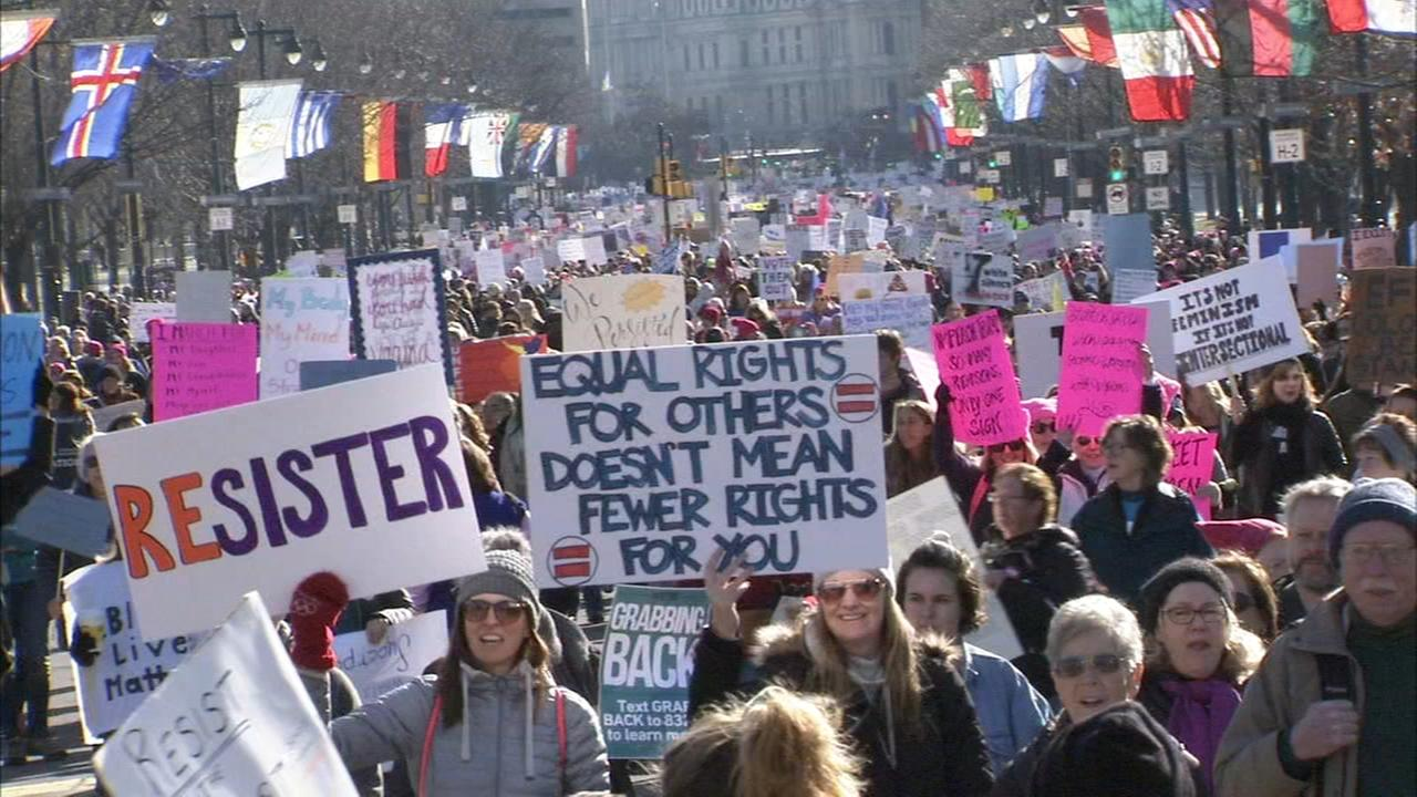 Thousands gather for womens march in Philadelphia