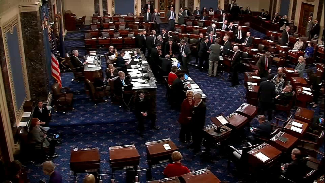 Senators vote on plan to end shutdown