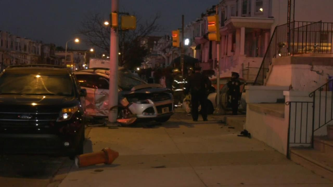 3 injured following crash in West Philadelphia
