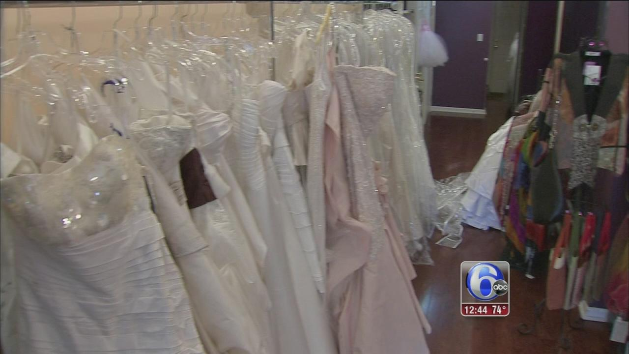 VIDEO: Gown deals in South Philadelphia