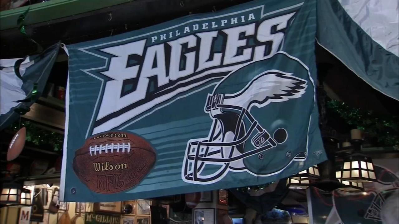 Fans flock to Philadelphia for Super Bowl festivities