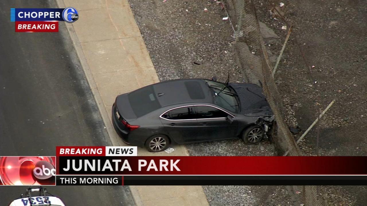Multi-vehicle crash in Juniata Park