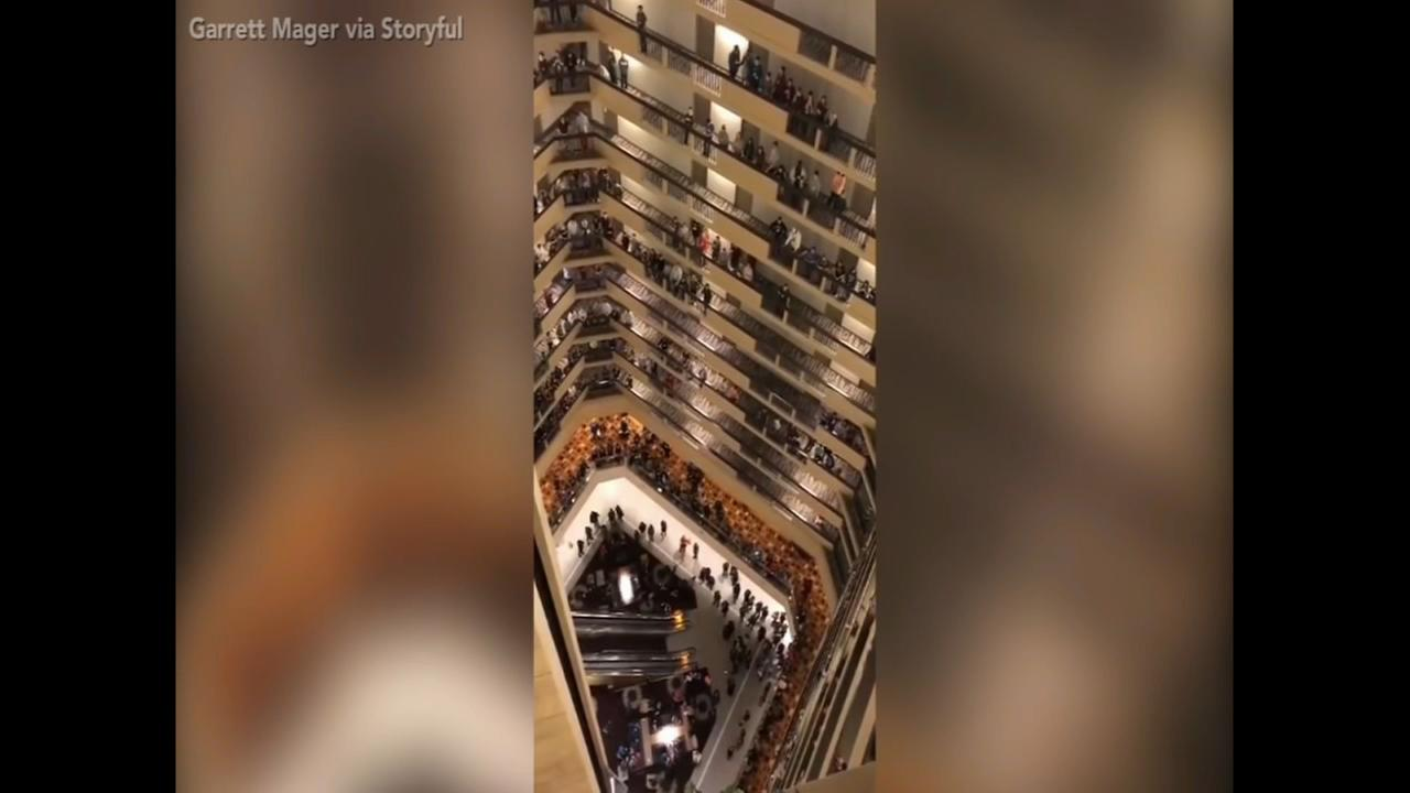 Choir entertains hotel with rendition of the national anthem