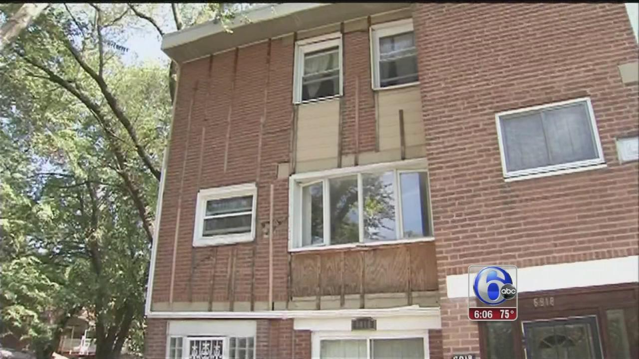 VIDEO: Officials tour sinking homes in SW Philly