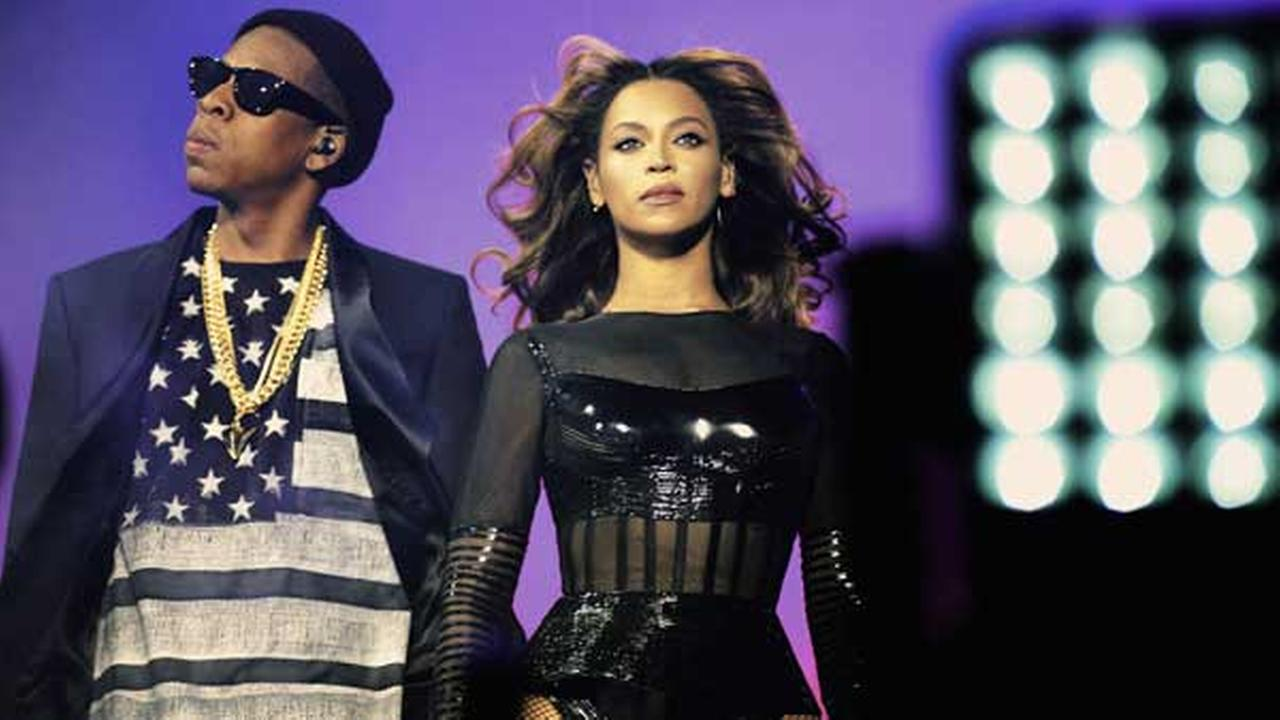 Beyonce and JAY Z perform during the Beyonce and Jay Z - On the Run tour at Stade De France on Friday, Sept. 12, 2014, in Paris, France.
