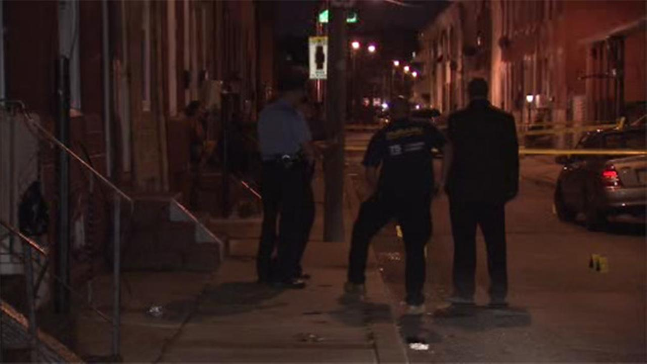 Woman shot sitting on front steps in Port Richmond