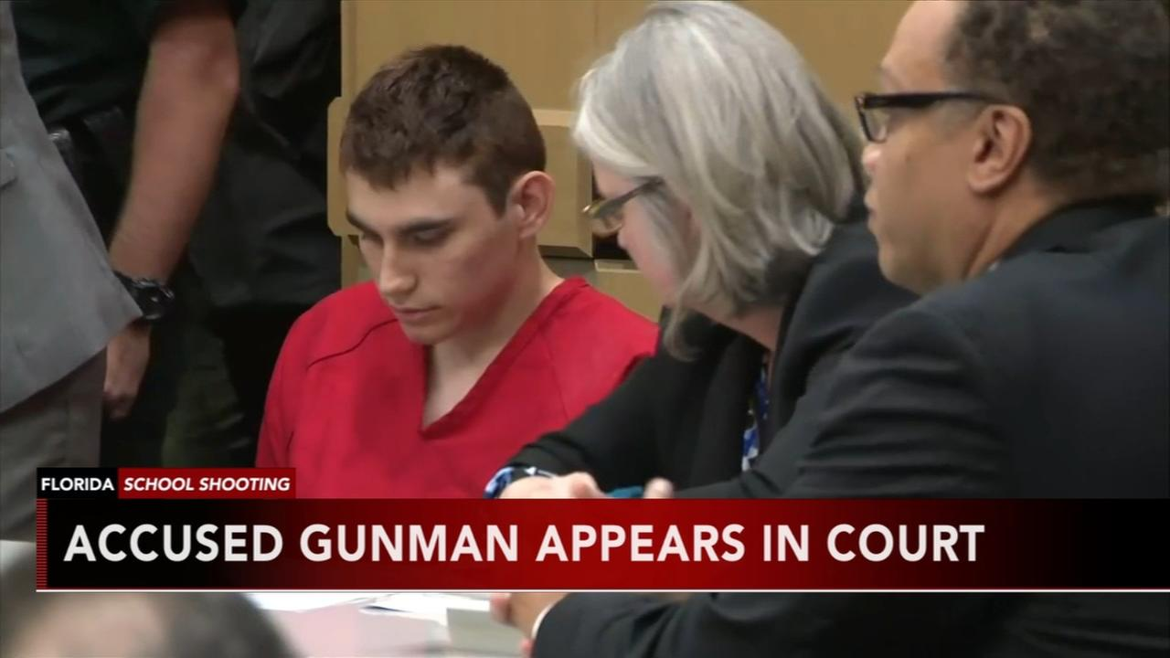 VIDEO: Florida shooting suspect makes brief court appearance