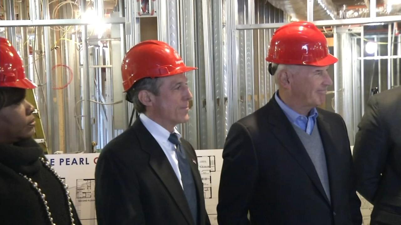 Governor tours progress at the Pearl Center