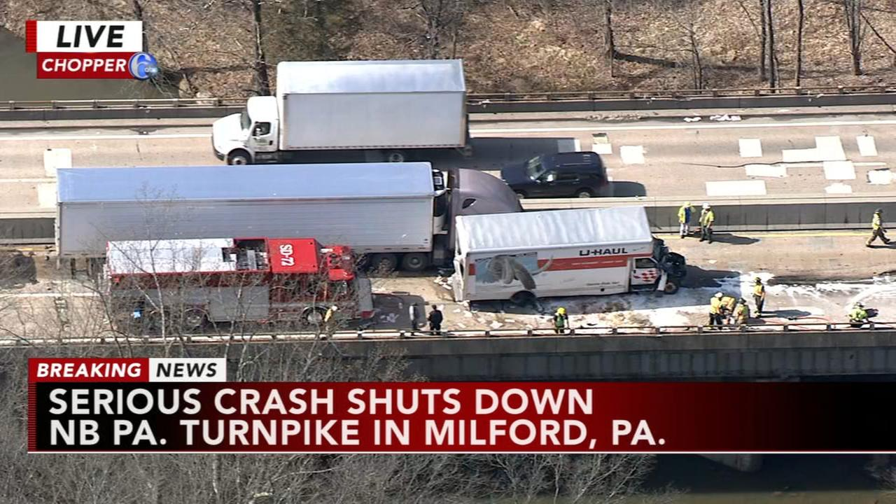 Crash on Pa. Turnpike Extension