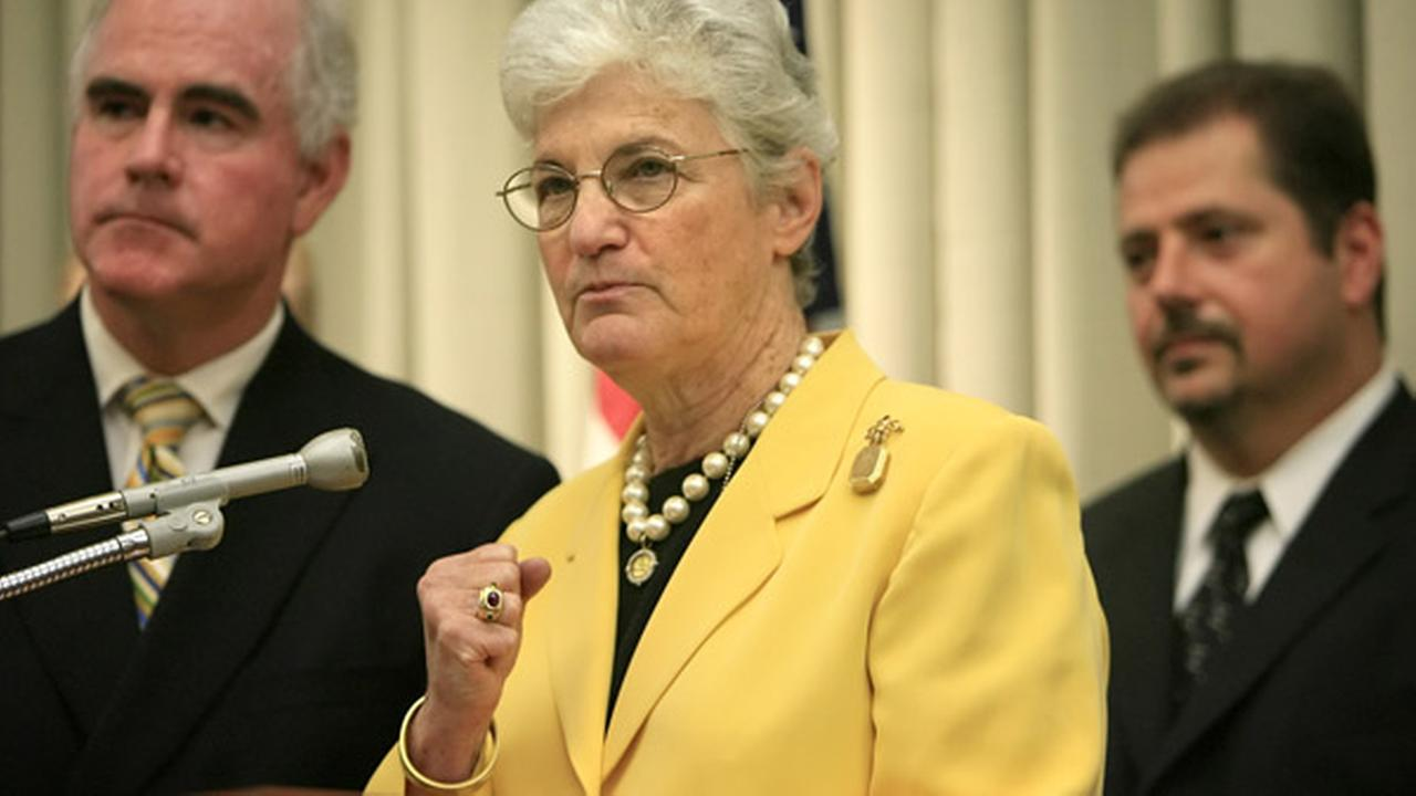 FILE: Philadelphia District Attorney Lynne Abraham, center, makes remarks at a news conference in Philadelphia, Tuesday, June 20, 2006.
